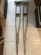 crutches11