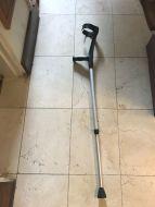 crutches4