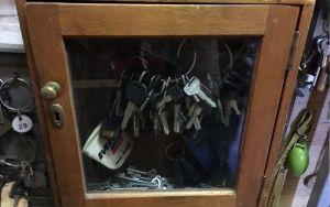 Key cupboard 4