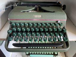 typewriter 12