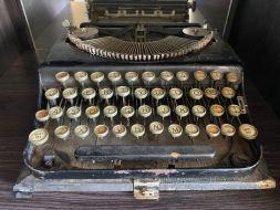 typewriter 14