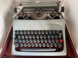typewriter 20