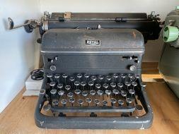 typewriter 25