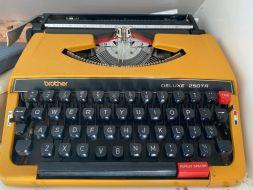 typewriter 28
