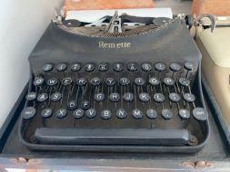 typewriter 30