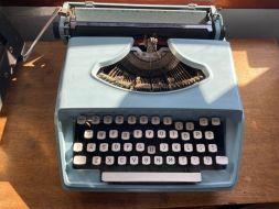 typewriter 32