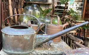 watering cans2